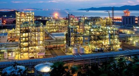 چسب مورد استفاده در صنایع نفت گاز پتروشیمی فولاد